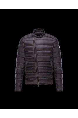 2017 New Style Moncler Down Jackets For Men Zip Blcak