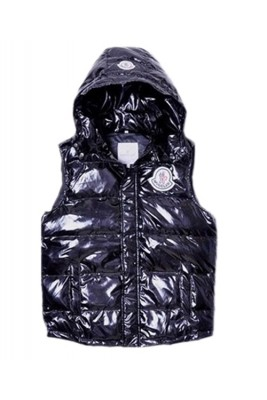 Moncler Down Vest Women Short Sleeveless Button Hat Black