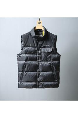 2018 Moncler Vests For Men 164230 Black
