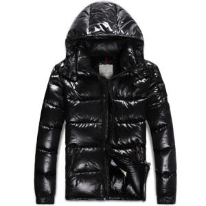 2017 New Style Moncler Classic Mens Down Jackets Smooth Shiny Fabric Black