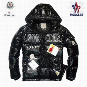 2017 New Style Moncler Classic Mens Down Jackets Smooth Black