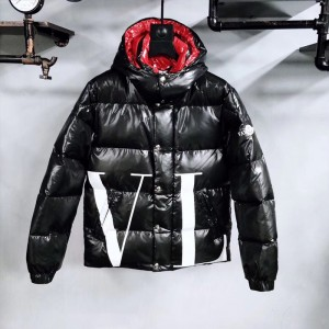 Moncler x Valentino Jackets (m2020-061)