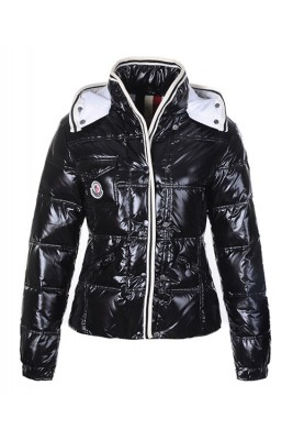 Moncler Quincy Down Jacket For Women Button Black Short